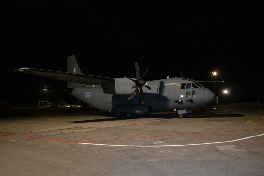 Из Днепропетровска в Литву отправился самолет с ранеными военными, фото-4