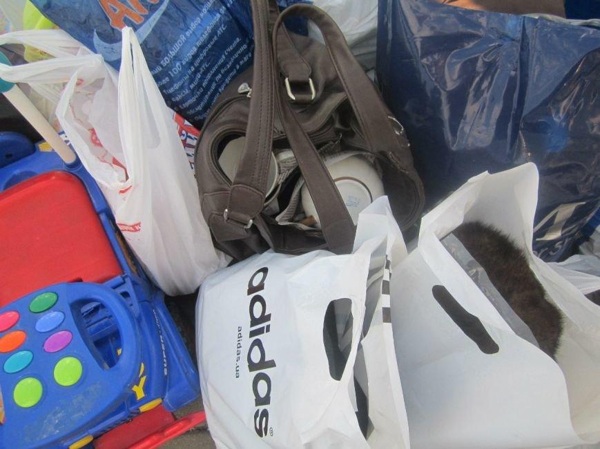 В Мариуполе беженцам помогали пенсионеры (ФОТО), фото-6