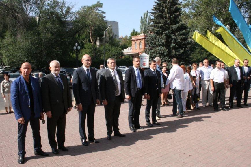В Днепропетровске состоялся 9-й этнофестиваль «Петриковский дивоцвет» (ФОТОРЕПОРТАЖ), фото-1