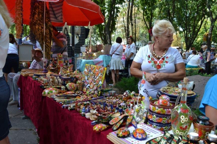 В Днепропетровске состоялся 9-й этнофестиваль «Петриковский дивоцвет» (ФОТОРЕПОРТАЖ), фото-32