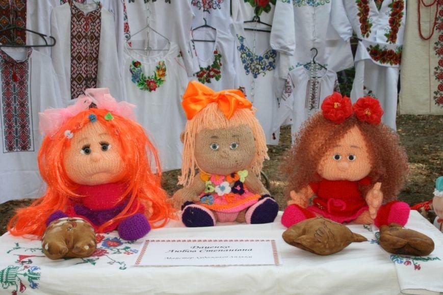 В Днепропетровске состоялся 9-й этнофестиваль «Петриковский дивоцвет» (ФОТОРЕПОРТАЖ), фото-26