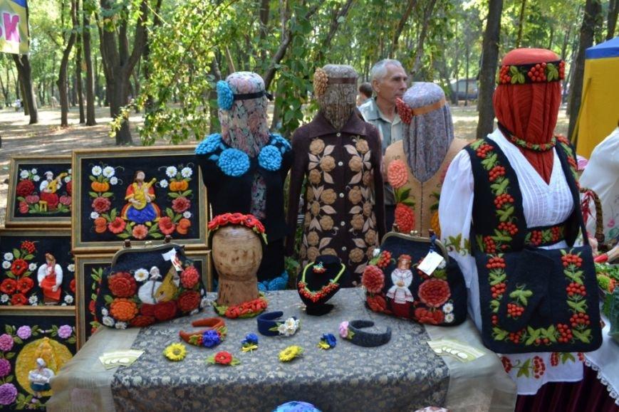 В Днепропетровске состоялся 9-й этнофестиваль «Петриковский дивоцвет» (ФОТОРЕПОРТАЖ), фото-39