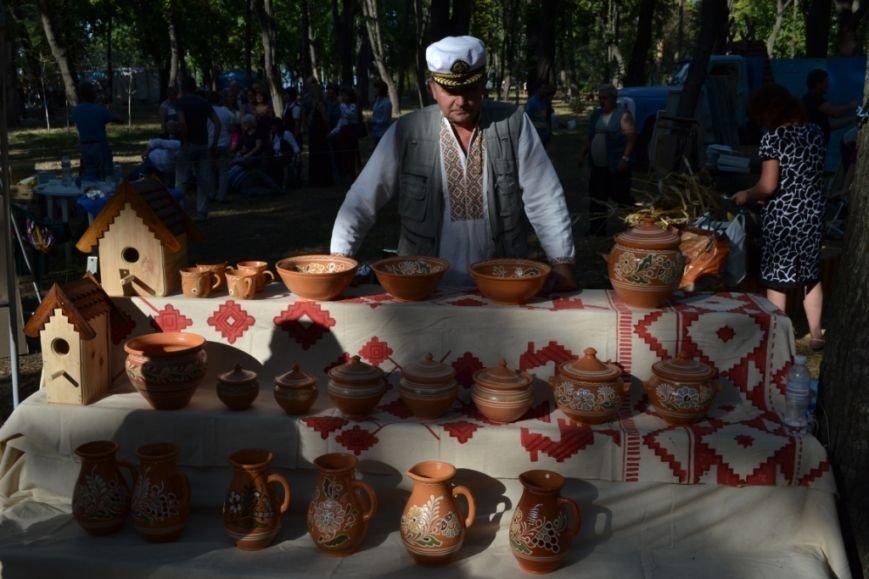 В Днепропетровске состоялся 9-й этнофестиваль «Петриковский дивоцвет» (ФОТОРЕПОРТАЖ), фото-29