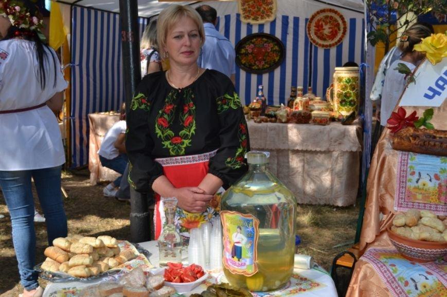 В Днепропетровске состоялся 9-й этнофестиваль «Петриковский дивоцвет» (ФОТОРЕПОРТАЖ), фото-34