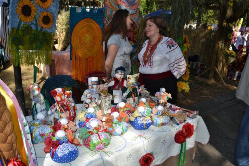В Днепропетровске состоялся 9-й этнофестиваль «Петриковский дивоцвет» (ФОТОРЕПОРТАЖ), фото-36