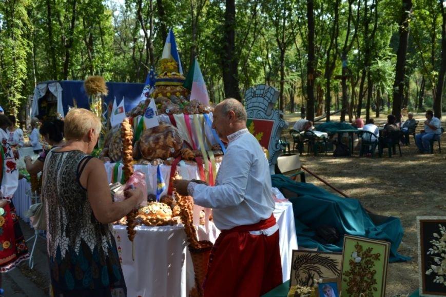 В Днепропетровске состоялся 9-й этнофестиваль «Петриковский дивоцвет» (ФОТОРЕПОРТАЖ), фото-41