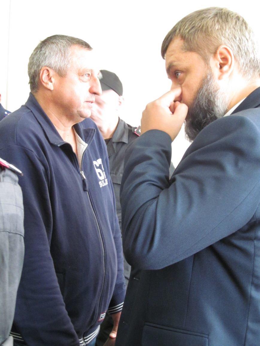 Полтавский апелляционный суд не выпустил Александра Мельника на поруки (фото и видео), фото-2