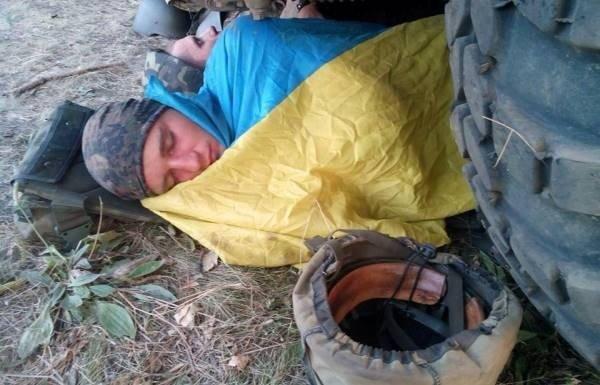 Львівські бійці сплять в АТО, як за часів УПА – в криївках (фоторепортаж), фото-5