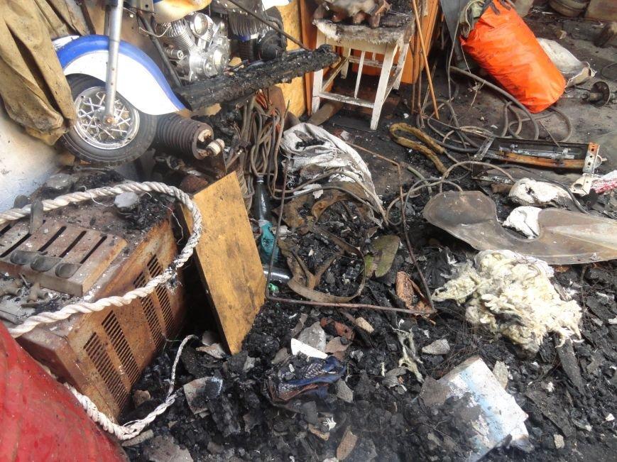 Пожар в Приморском районе мариупольцы связали с ночной стрельбой (ФОТО+ВИДЕО), фото-9