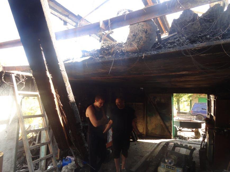 Пожар в Приморском районе мариупольцы связали с ночной стрельбой (ФОТО+ВИДЕО), фото-12