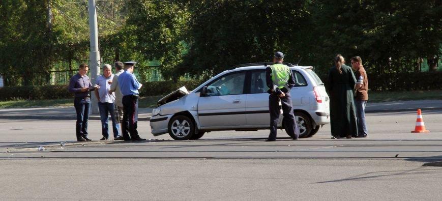 В Днепропетровске «легковушка» въехала в 146-ю маршрутку (ФОТО), фото-5