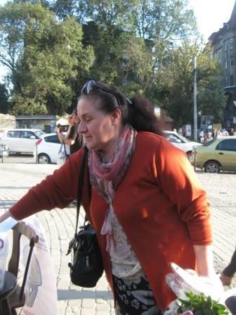 Львів'яни не перестають приносити гуманітарку для АТО (фоторепортаж), фото-9