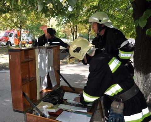 Экстренные службы в Сумах провели учения: эвакуировали людей после взрыва (ФОТО), фото-4