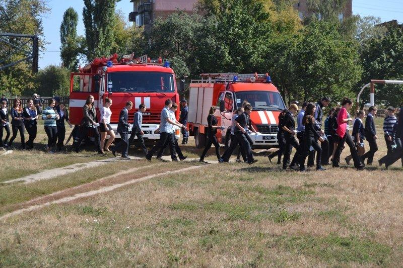 Экстренные службы в Сумах провели учения: эвакуировали людей после взрыва (ФОТО), фото-8