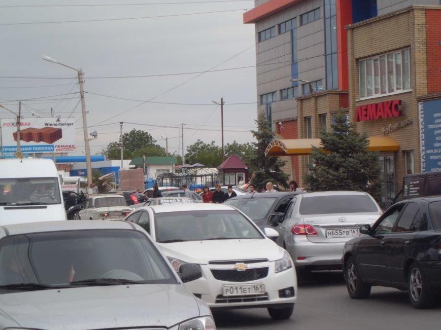 На Поляковском шоссе, возле магазина «Лемакс» в Таганроге, произошла авария (Фото), фото-3