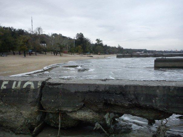В Мариуполе море отошло от берегов (ФОТОФАКТ), фото-1