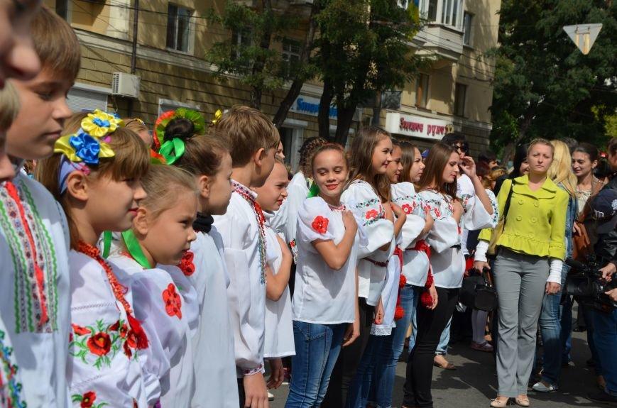 В Мариуполе прошел парад вышиванок (ФОТОРЕПОРТАЖ+ВИДЕО), фото-19