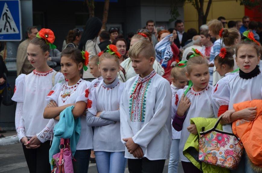 В Мариуполе прошел парад вышиванок (ФОТОРЕПОРТАЖ+ВИДЕО), фото-2
