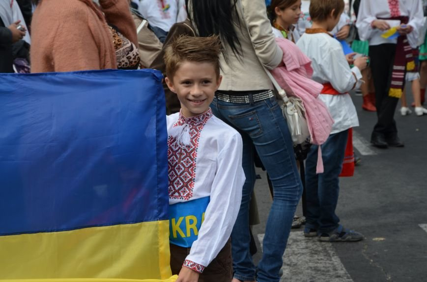 В Мариуполе прошел парад вышиванок (ФОТОРЕПОРТАЖ+ВИДЕО), фото-3