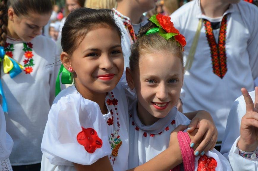 В Мариуполе прошел парад вышиванок (ФОТОРЕПОРТАЖ+ВИДЕО), фото-10