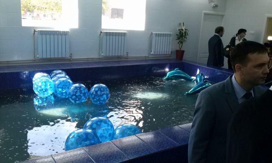 Дети будут плавать в новеньком бассейне на левобережье Днепродзержинска, фото-14