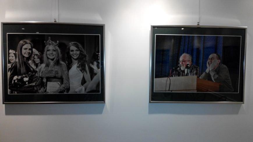 У Рівному відкрили виставку-фотозвіт подій за рік (Фото), фото-1