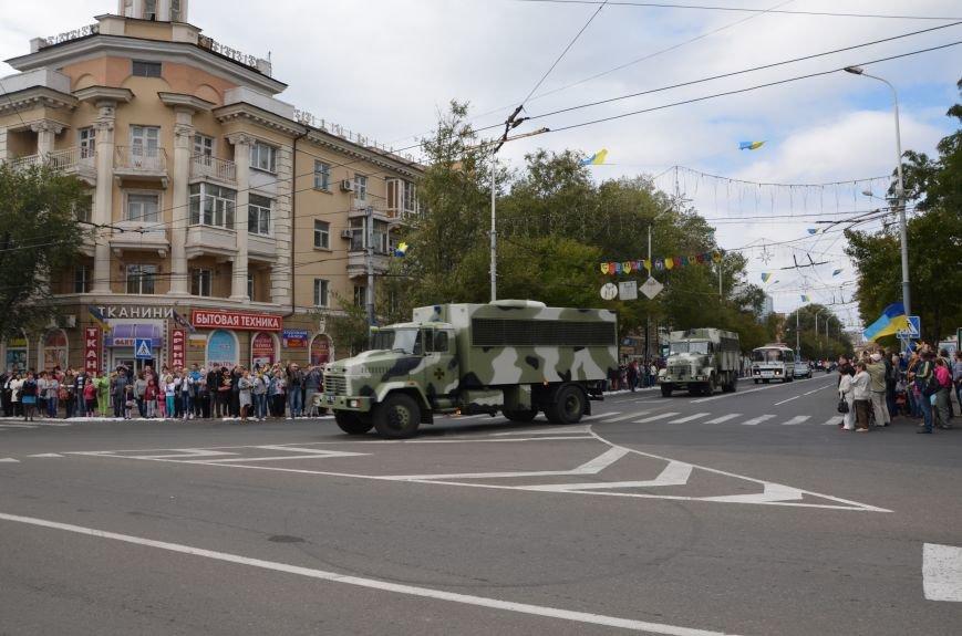 В Мариуполе прошел мини-парад военной техники (ФОТОРЕПОРТАЖ+ВИДЕО), фото-5