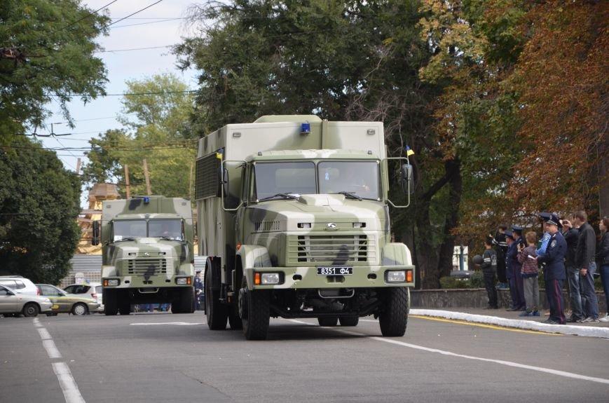 В Мариуполе прошел мини-парад военной техники (ФОТОРЕПОРТАЖ+ВИДЕО), фото-11