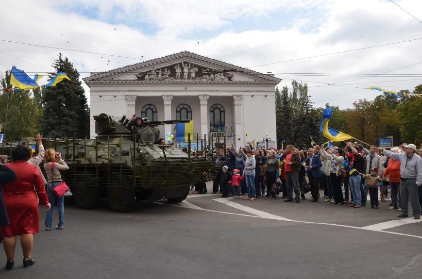 В Мариуполе прошел мини-парад военной техники (ФОТОРЕПОРТАЖ+ВИДЕО), фото-17