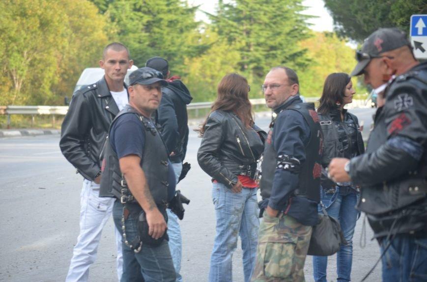 В Ялте провели День памяти погибших мотоциклистов, фото-3
