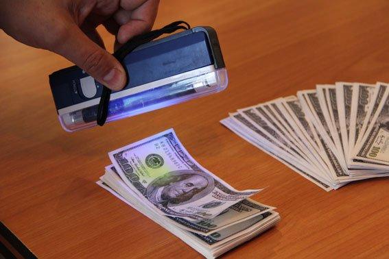 Черниговский чиновник попался на взятке в 20 тысяч долларов, фото-2