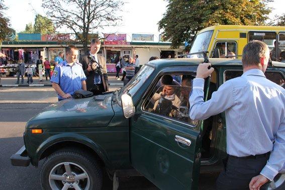 Черниговский чиновник попался на взятке в 20 тысяч долларов, фото-4