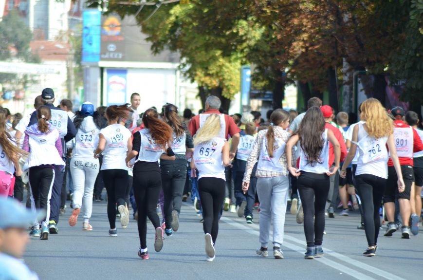 ФОТОРЕПОРТАЖ: В Симферополе более 2 тысяч бегунов поучаствовали в «Кроссе наций», фото-10