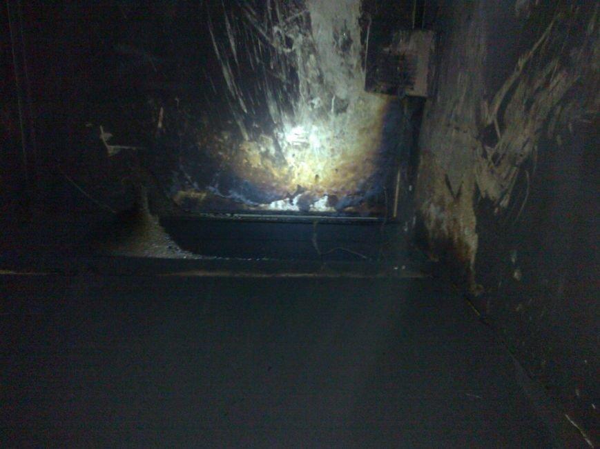 В одной из кременчугских многоэтажек сгорел лифт (ФОТО), фото-1