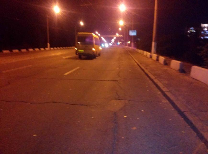 На Старом мосту в Днепропетровске мотоцикл врезался в маршрутку (ФОТО), фото-3