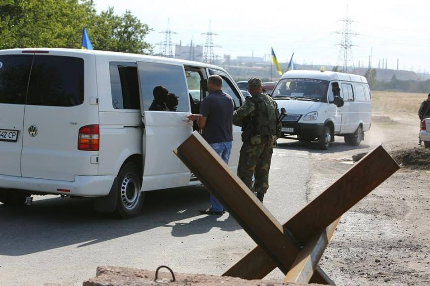 Под Мариуполем несут службу украинские военные (ФОТОРЕПОРТАЖ), фото-18