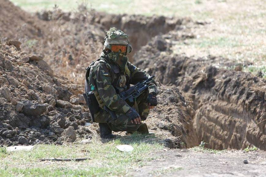 Под Мариуполем несут службу украинские военные (ФОТОРЕПОРТАЖ), фото-2