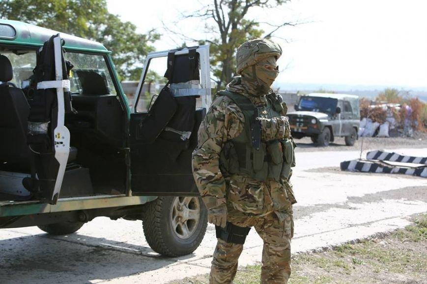 Под Мариуполем несут службу украинские военные (ФОТОРЕПОРТАЖ), фото-7