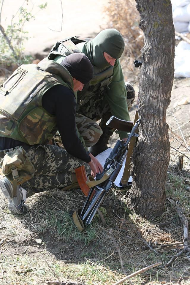 Под Мариуполем несут службу украинские военные (ФОТОРЕПОРТАЖ), фото-22