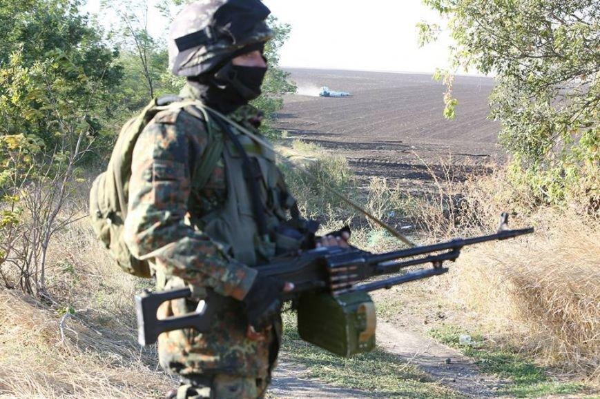 Под Мариуполем несут службу украинские военные (ФОТОРЕПОРТАЖ), фото-9