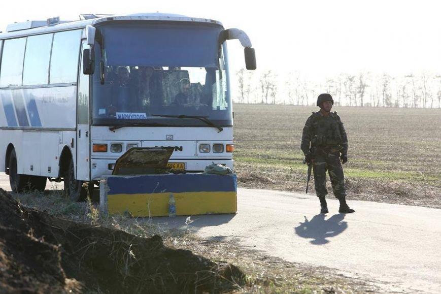 Под Мариуполем несут службу украинские военные (ФОТОРЕПОРТАЖ), фото-10