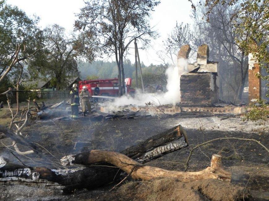 Масштабный пожар тушили спасатели из Чернигова, Остра и Славутича, фото-1