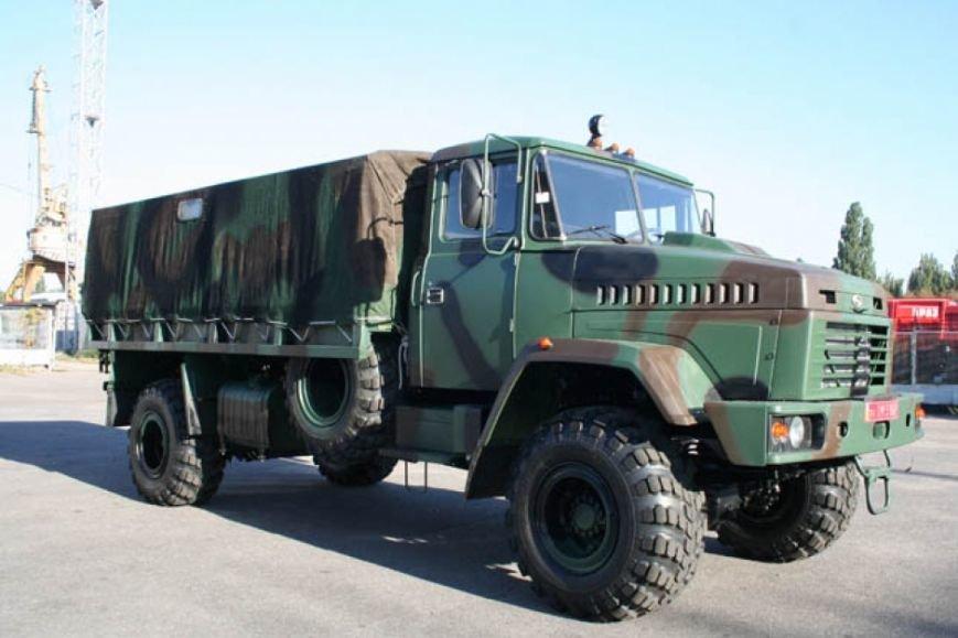 На Международной выставке «Оружие и безопасность - 2014» ПАО АвтоКрАЗ представит свои «Спецназ» и «Cougar», фото-1