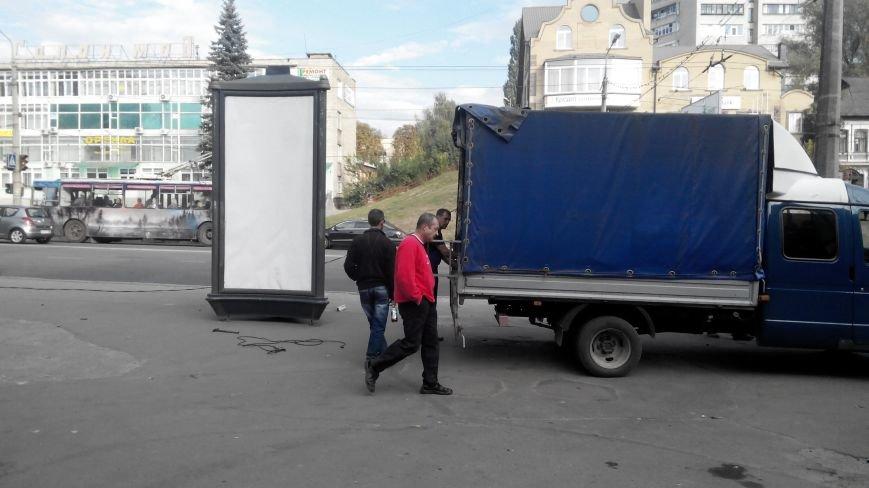 В Сумах возвращаются «рекламные гробы» (ФОТО), фото-1