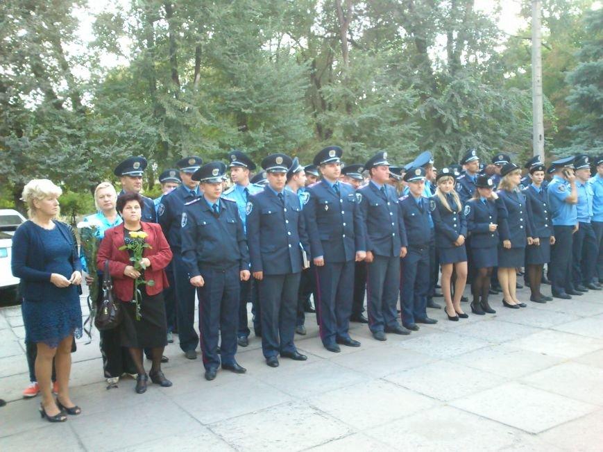 Сотрудники Днепродзержинской милиции, как память  о погибшем коллеге установили мемориальную доску, фото-2