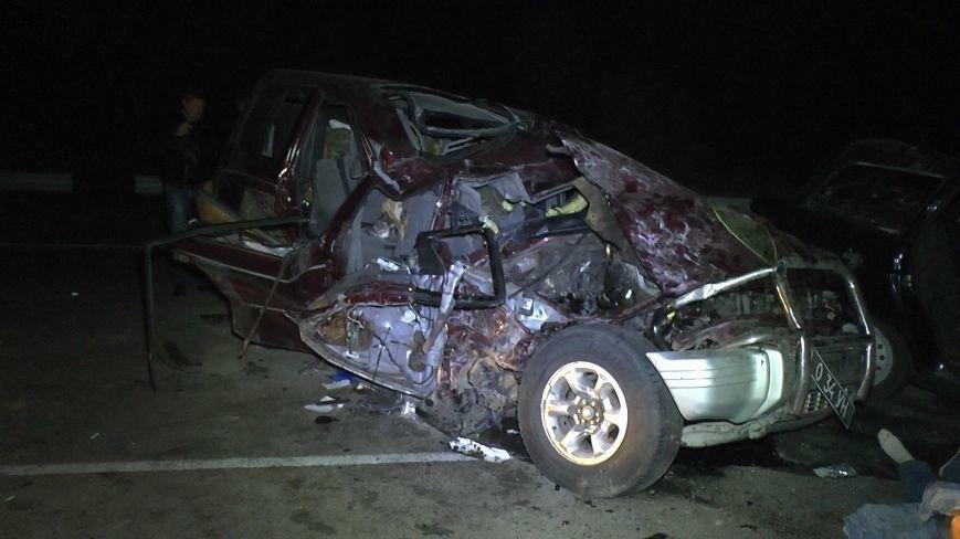 На Днепропетровщине столкнулись три автомобиля (ФОТО), фото-5