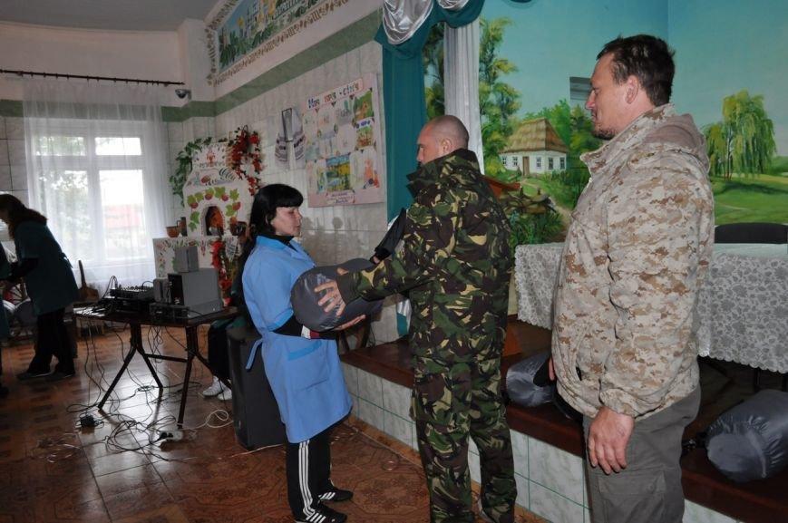 Заключённые 65-ой колонии купили бойцам батальона «Полтавщина» сапёрные лопатки и спальные мешки (ФОТО), фото-3