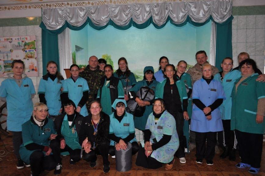Заключённые 65-ой колонии купили бойцам батальона «Полтавщина» сапёрные лопатки и спальные мешки (ФОТО), фото-4