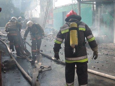 В центре Киева горело трехэтажное здание (ФОТО), фото-3
