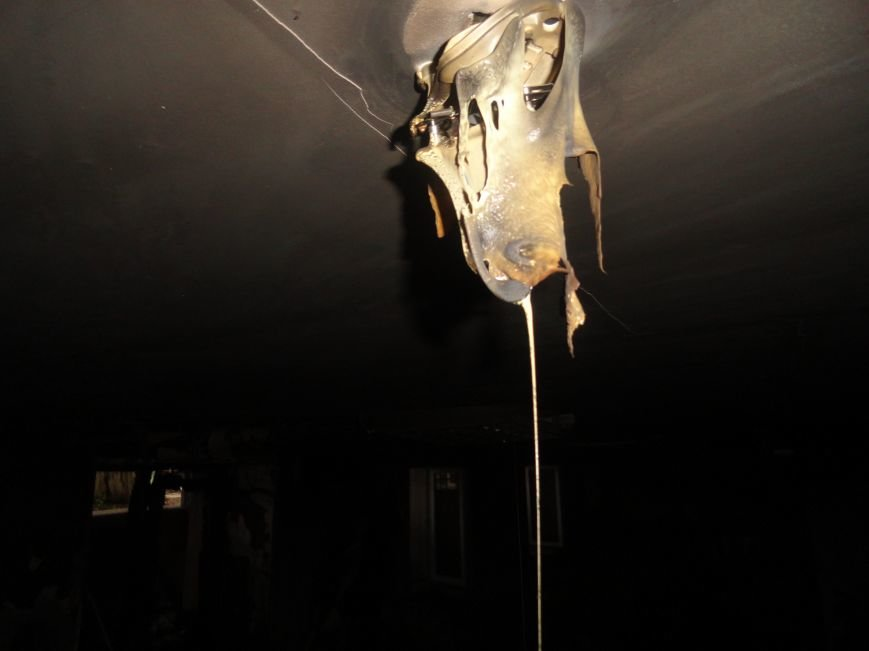 Подожгли офис волонтерской организации «Новый Мариуполь» (ФОТОРЕПОРТАЖ+ВИДЕО), фото-12